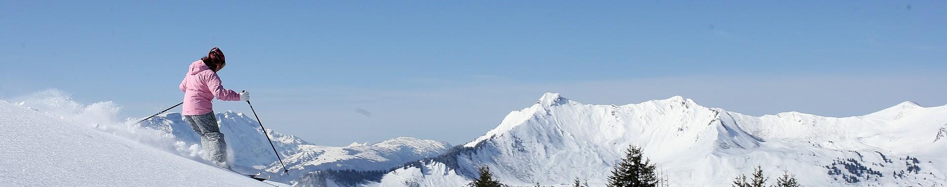 ski-lesgets-hebergements.com