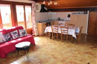 appart-b5-la-sare-salon-cuisine-4143